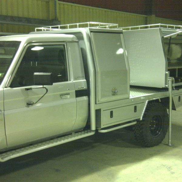 Custom Camper Tray and Pod boxes 8 600x600 - Canopies