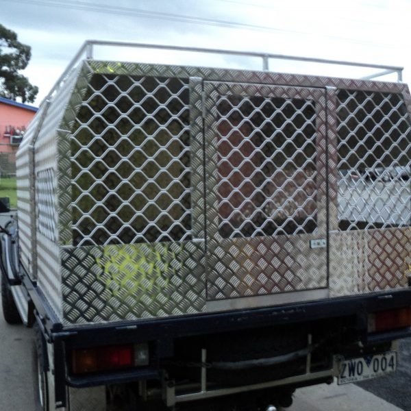 Dog boxes 3 600x600 - Canopies