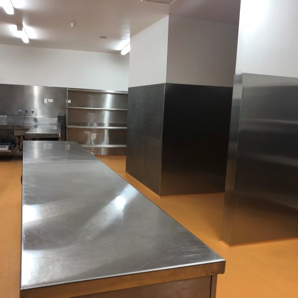 Kernot Hall 2 600x600 - Benches, Splash backs & Sinks