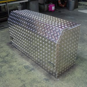 tray mounted ute box 4 300x300 - Aluminium